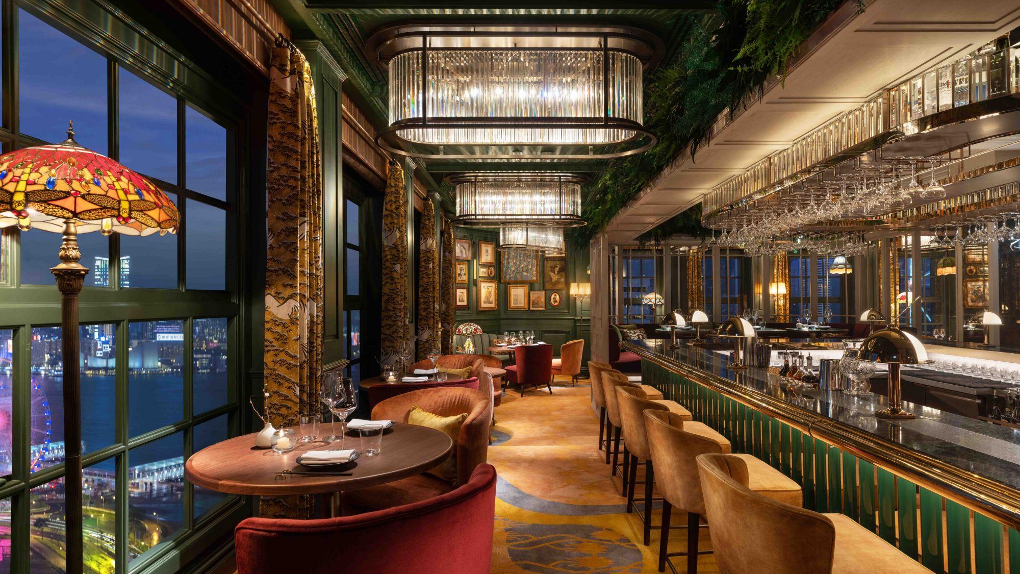 Mandarin-Oriental-Hong-Kong-Hotel-The-Aubrey-Bar-Lounge