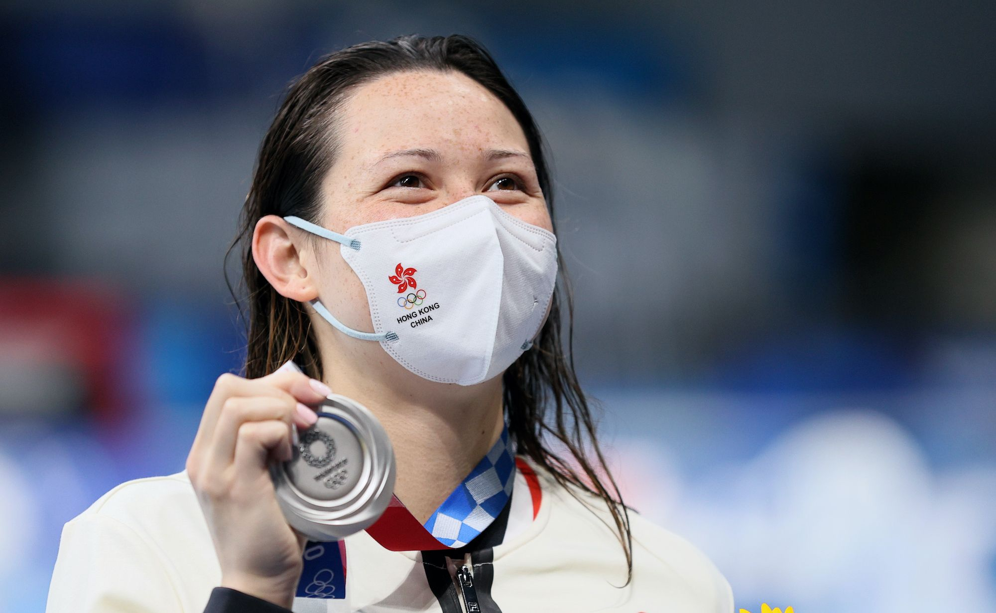 TOKYO, JAPAN - JULY 28, 2021: Silver medallist Siobhan Bernadette Haughey of Hong Kong (China) poses with her medal during the victory ceremony for the ladies' 200m freestyle final at Tokyo Aquatics Centre during the 2020 Summer Olympic Games. Sergei Bobylev/TASS (Photo by Sergei Bobylev\TASS via Getty Images)