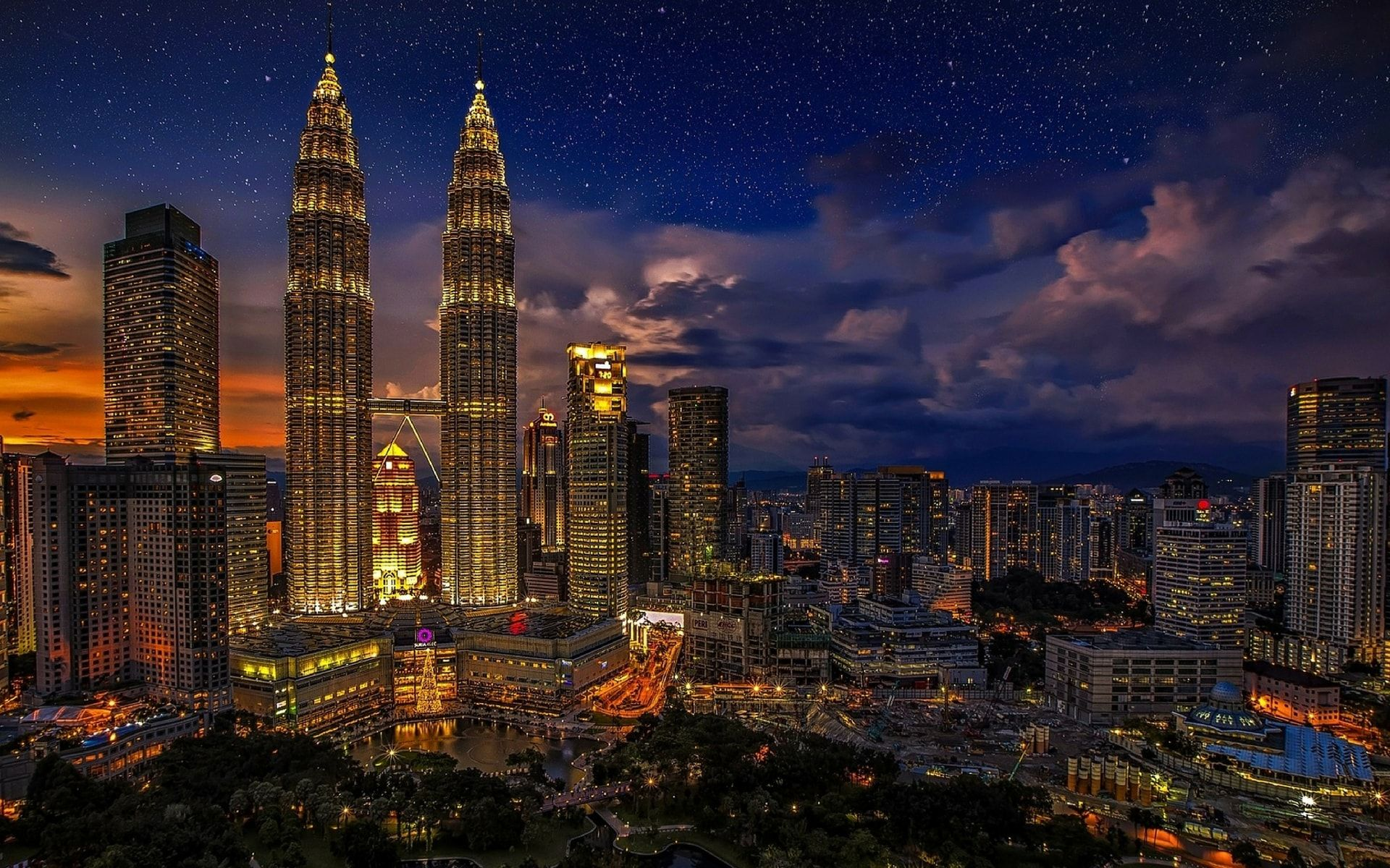 10 Places For You To Celebrate Malaysia Day This Long Weekend