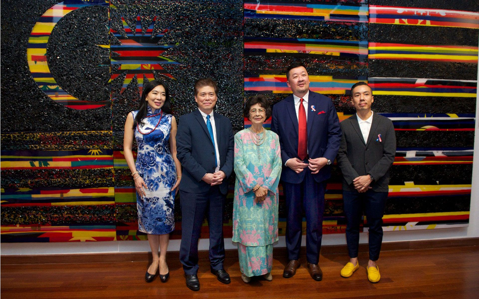 Lim Wei Ling, Ronnie Lim, Tun Dr Siti Hasmah, Lucas Chew and Ivan Lam