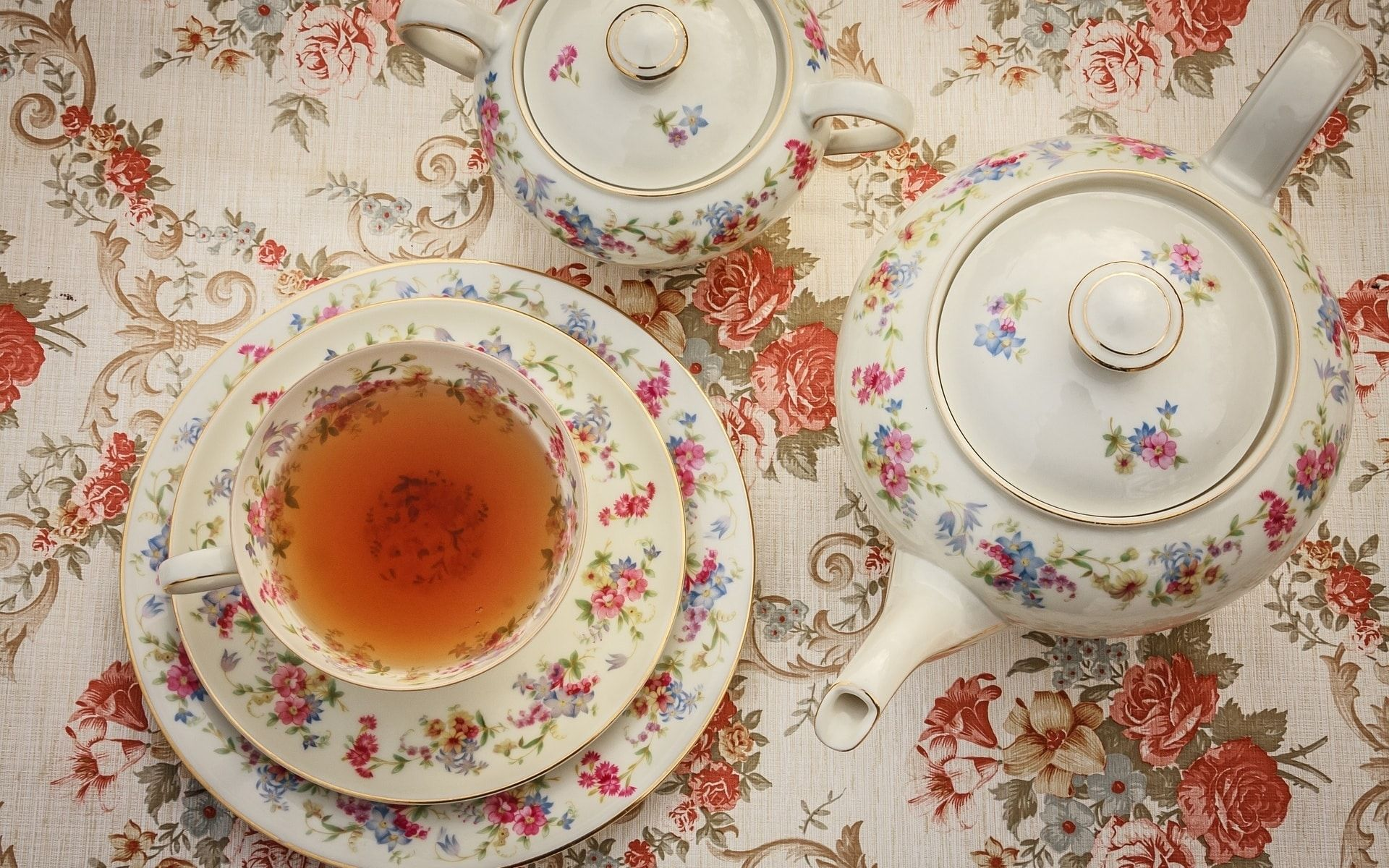 Afternoon Tea Etiquette: How To Properly Enjoy Your Tea & Scones