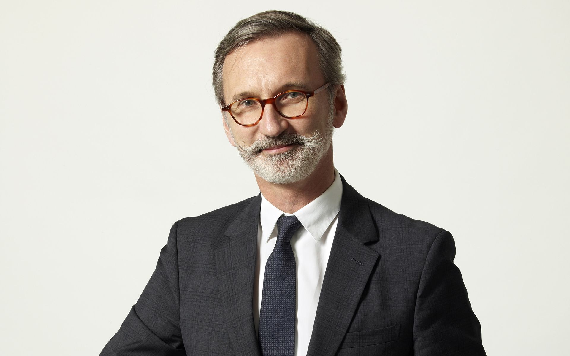 Lead Like A Longchamp CEO: The 8 Values Of Jean Cassegrain In Running A World-Famous Family Business