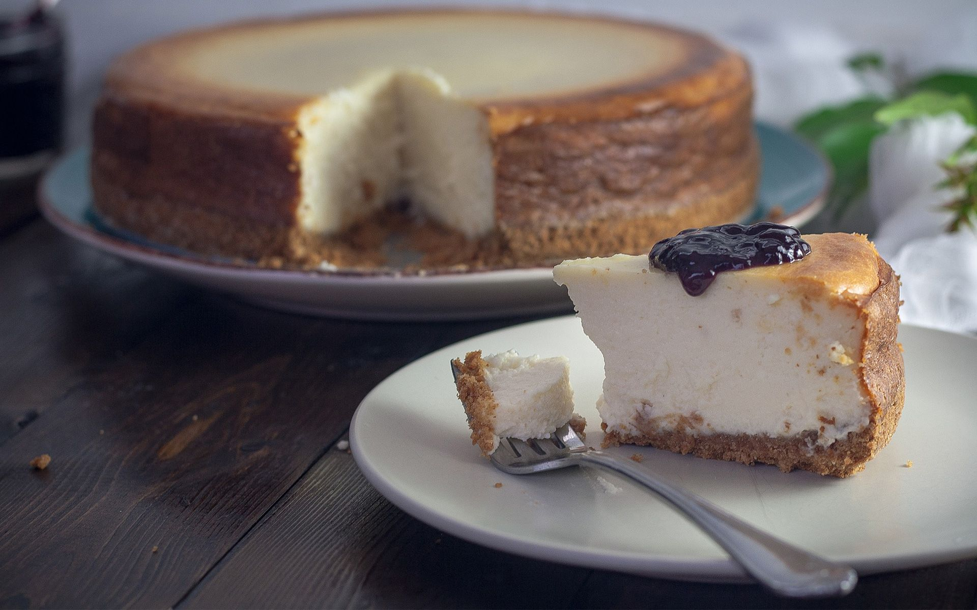 5 Cheesecakes So Good You Need To Share Them...Or Not