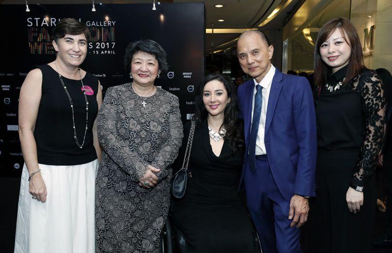 Angela Macdonald, Dato' Yeoh Soo Min, Elyssa Davies Ting,Professor Dato' Jimmy Choo and Illiza Ho