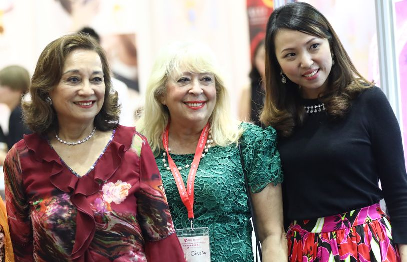 Tunku Dara Tunku Tan Sri Naquiah, Dr Cinzia Giordanelli-Kohlrieser and Connie Soh, General Manager of MIJ Exhibition