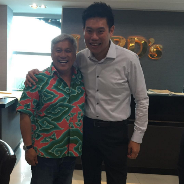 Kenny Loh managed to grab a quick picture with Malaysia celebrity chef, Chef Wan. (Photo: @kennylords)