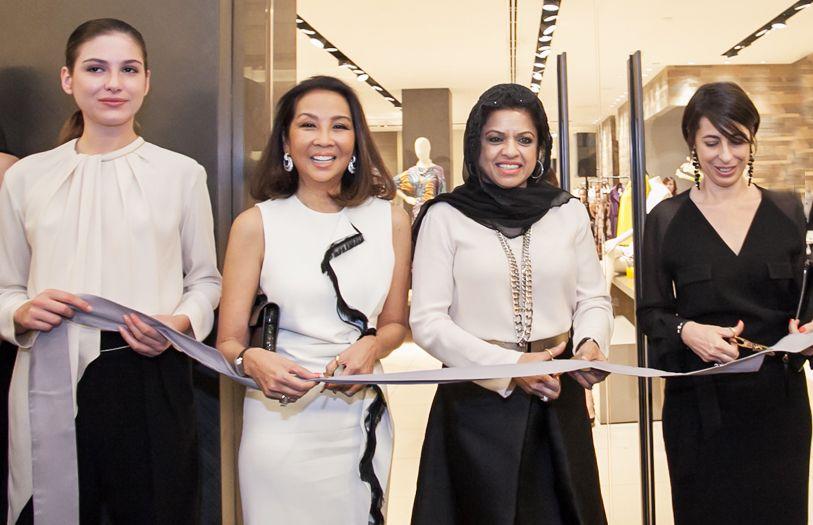 (Second from left onwards) Dato' Farah Khan, Datuk Seri Sharizat Abdul Jalil and Monica Pugnaloni