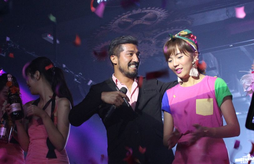 Roen Cian and Kittie Yiyi's design won the highest bid that night of 12 bottles of Moet & Chandon Rosé Impérial.