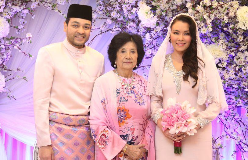 (L-R) Tunku Jamie Nadzimuddin, HRH Tuanku Najihah and Sarimah Ibrahim