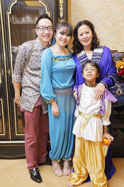(L-R) Alex Tan, Salina Teh and Datin Suria Teh