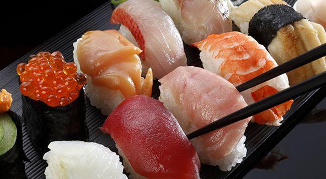 'Sushi University' educates tourists on omakase and etiquette