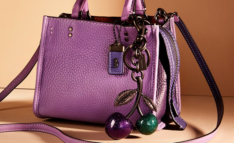 10 Charming Accessories To Jazz Up Your Classic Handbag