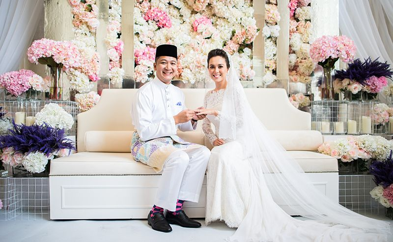 How Siti Saleha Tied The Knot In 4 Picture-Perfect Wedding Ceremonies