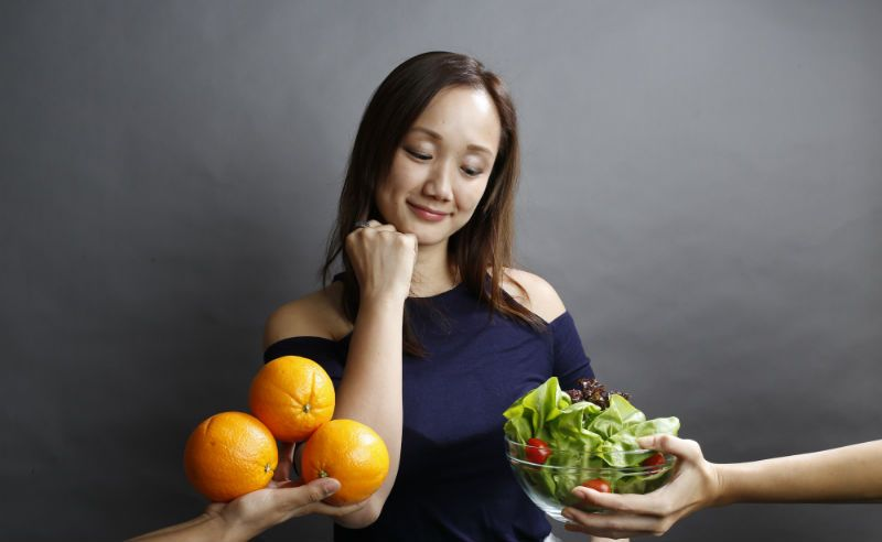 To Salad Or To Fruit : Who Wins The Healthy Food Battle