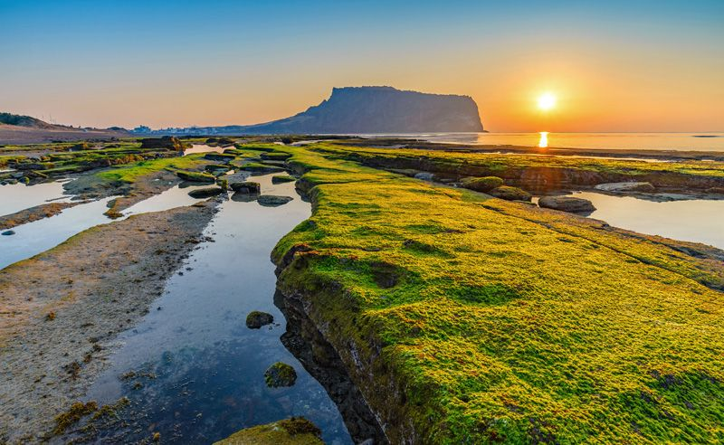 Welcome To Jeju Island : The New 7 Wonders Of Nature
