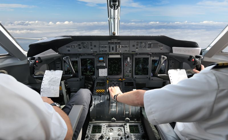 Ask an Insider: What do pilots eat on a long haul flight?