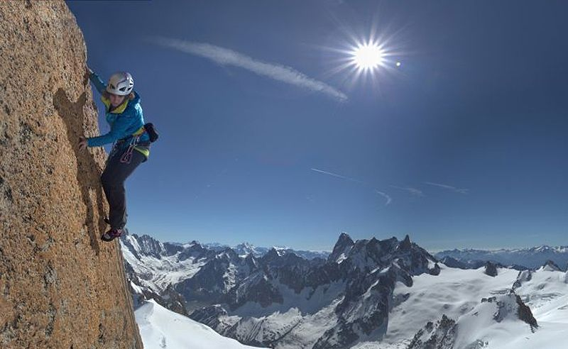 Explore the slopes of Mont Blanc with Google