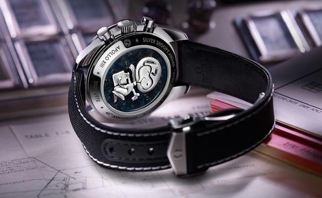Baselworld 2015 - Omega Speedmaster Apollo 13 Silver Snoopy Award watch