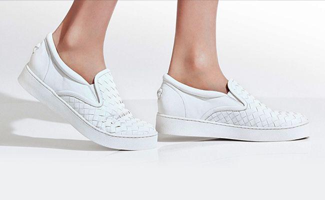 slip-on skate shoes