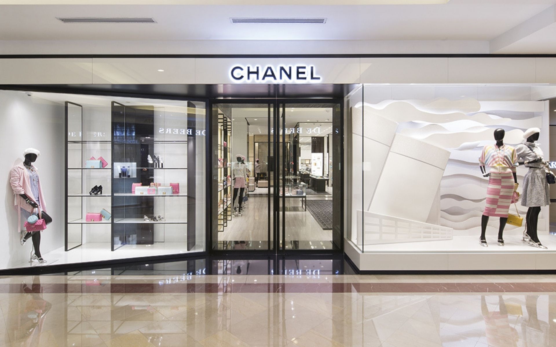 Entrance of the Chanel Suria KLCC boutique