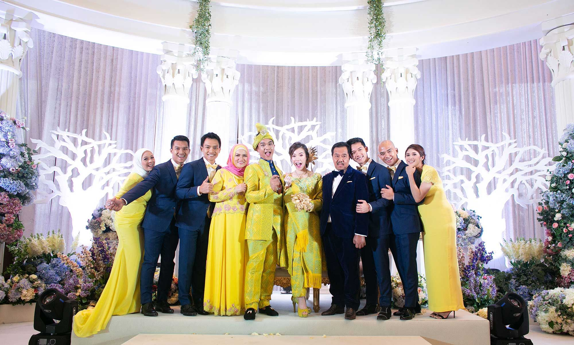Rizrin Shah and Pearl Tan with the groom's family