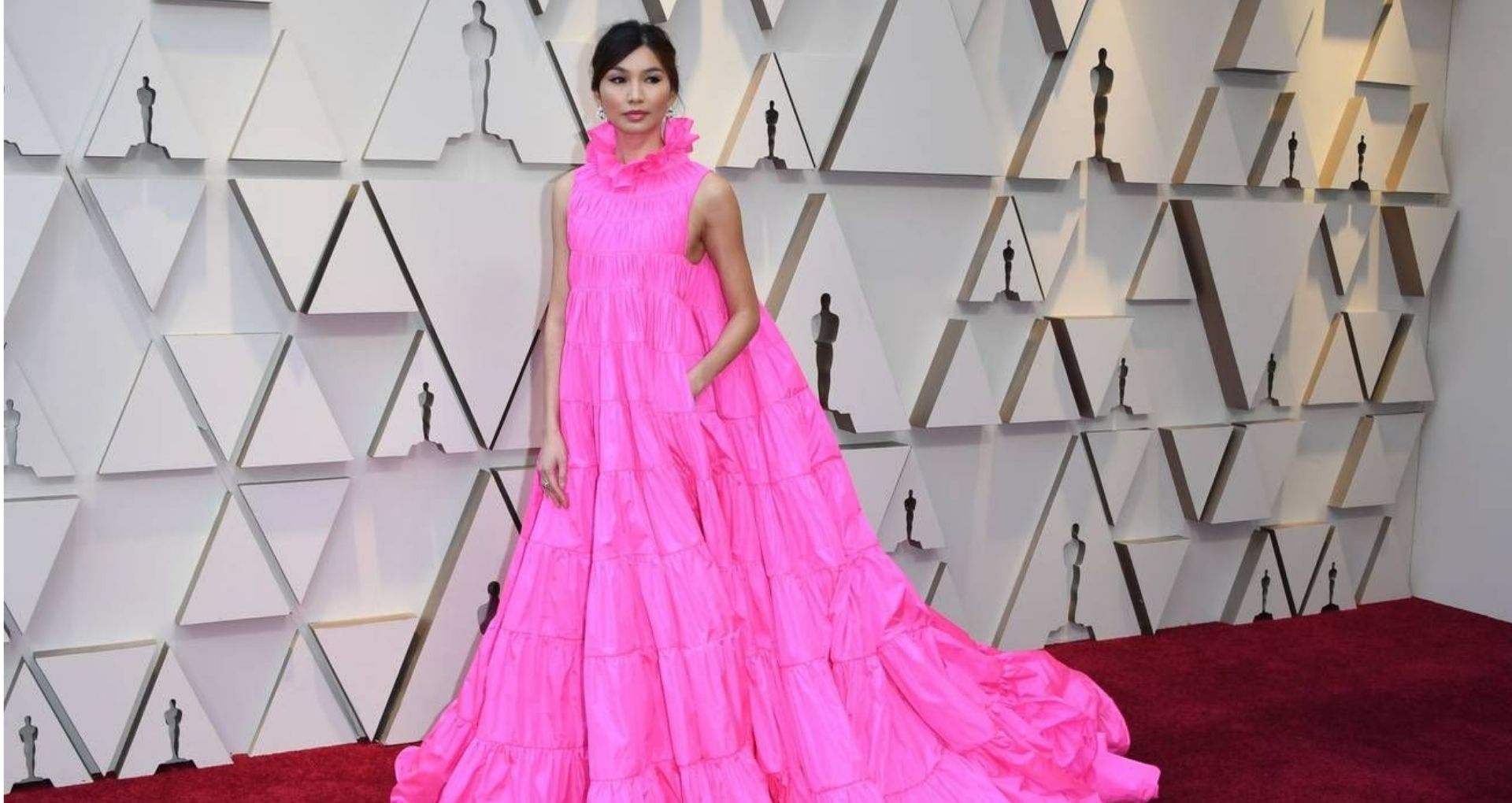 7d3d1bf2c06 15 Best Dressed Celebrities At The Oscars 2019