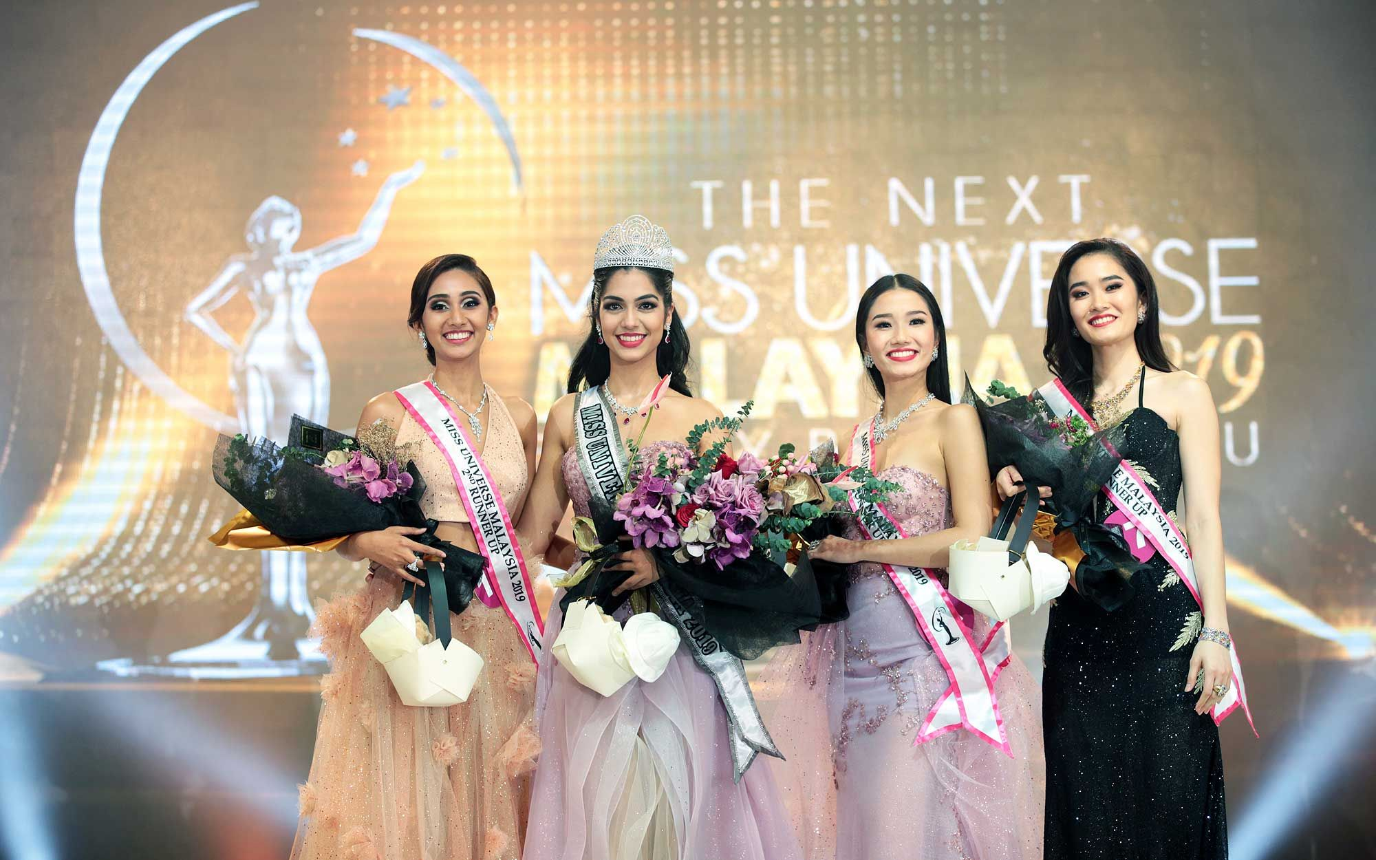 2nd Runner Up Tessminderjit Kaur, Miss Universe Malaysia 2019 Shweta Sekhon, 1st Runner Up Yaw Hui Jing (Frost Yaw) and 3rd Runner Up Lee Su Hsien