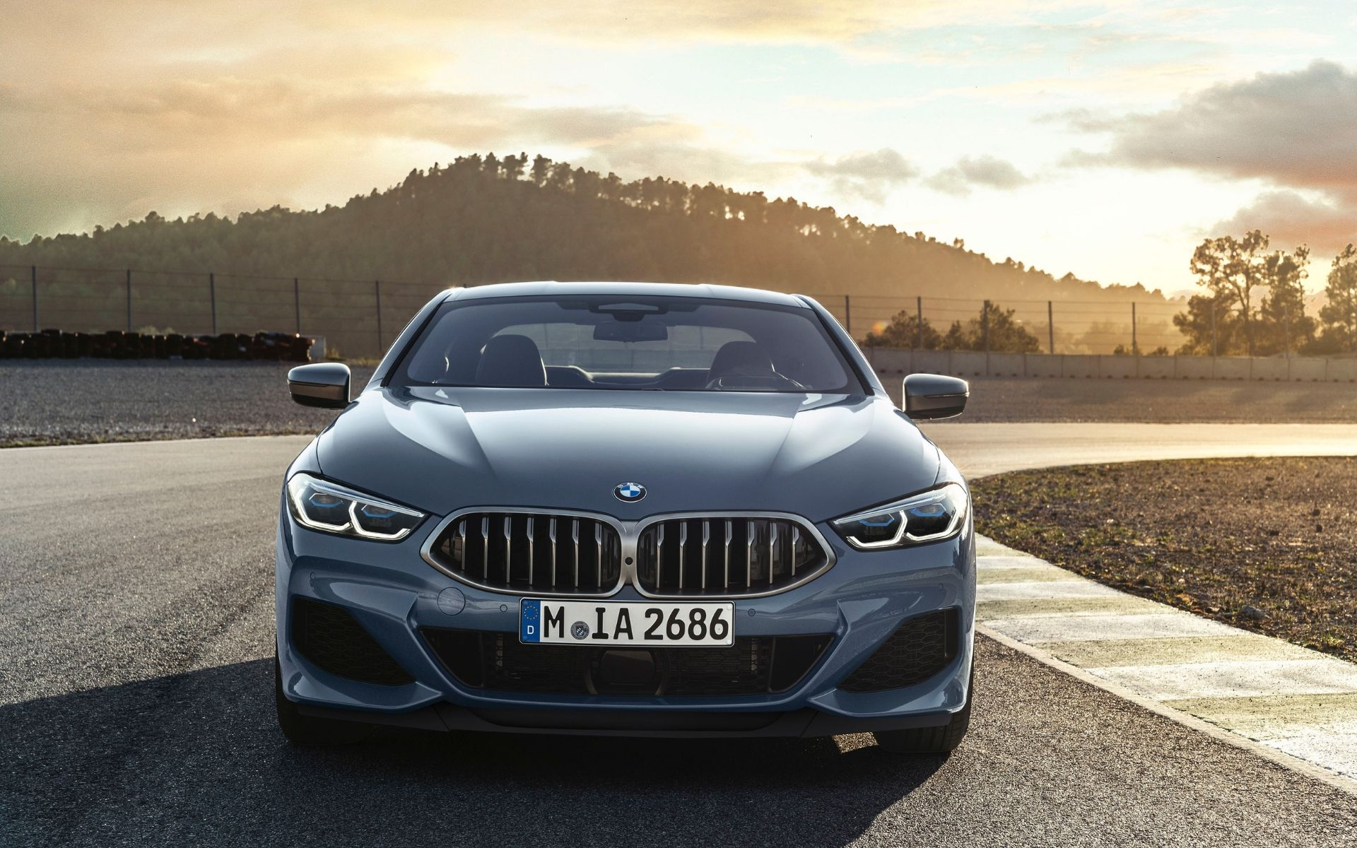 10 Exceptionally Cool Features Of Bmws All New The 8 Malaysia