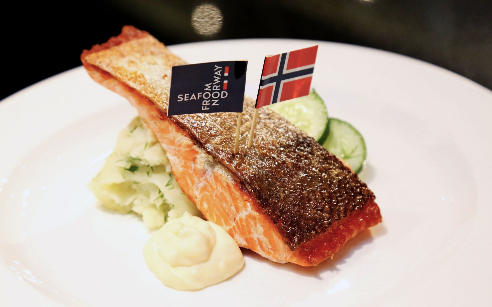 2 Recipes For Fresh Salmon & Fjord Trout From The Norwegian Seafood Council