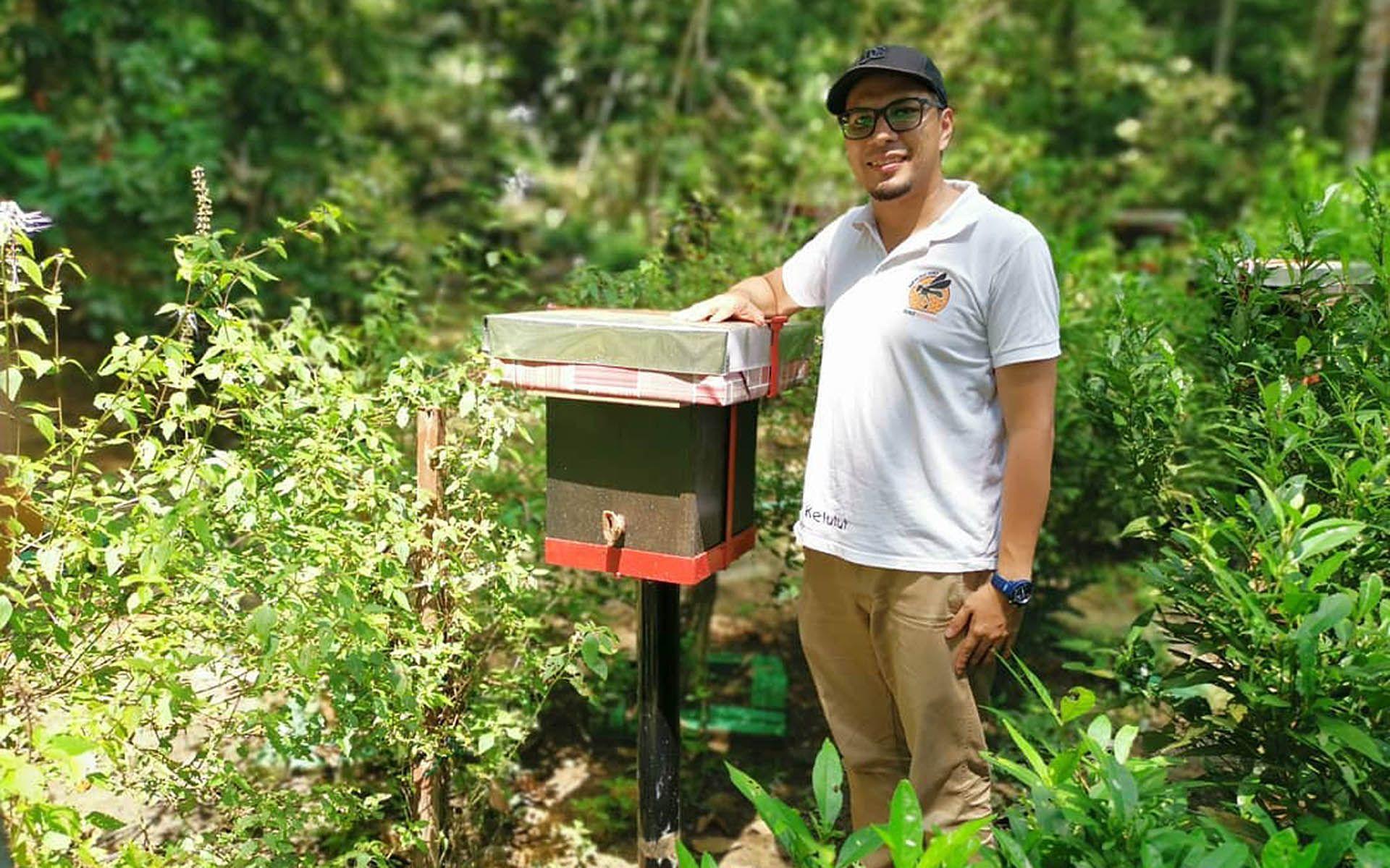 Azril Dino, head beekeeper & founder of Dino's Kelutut Stingless Bee Honey.