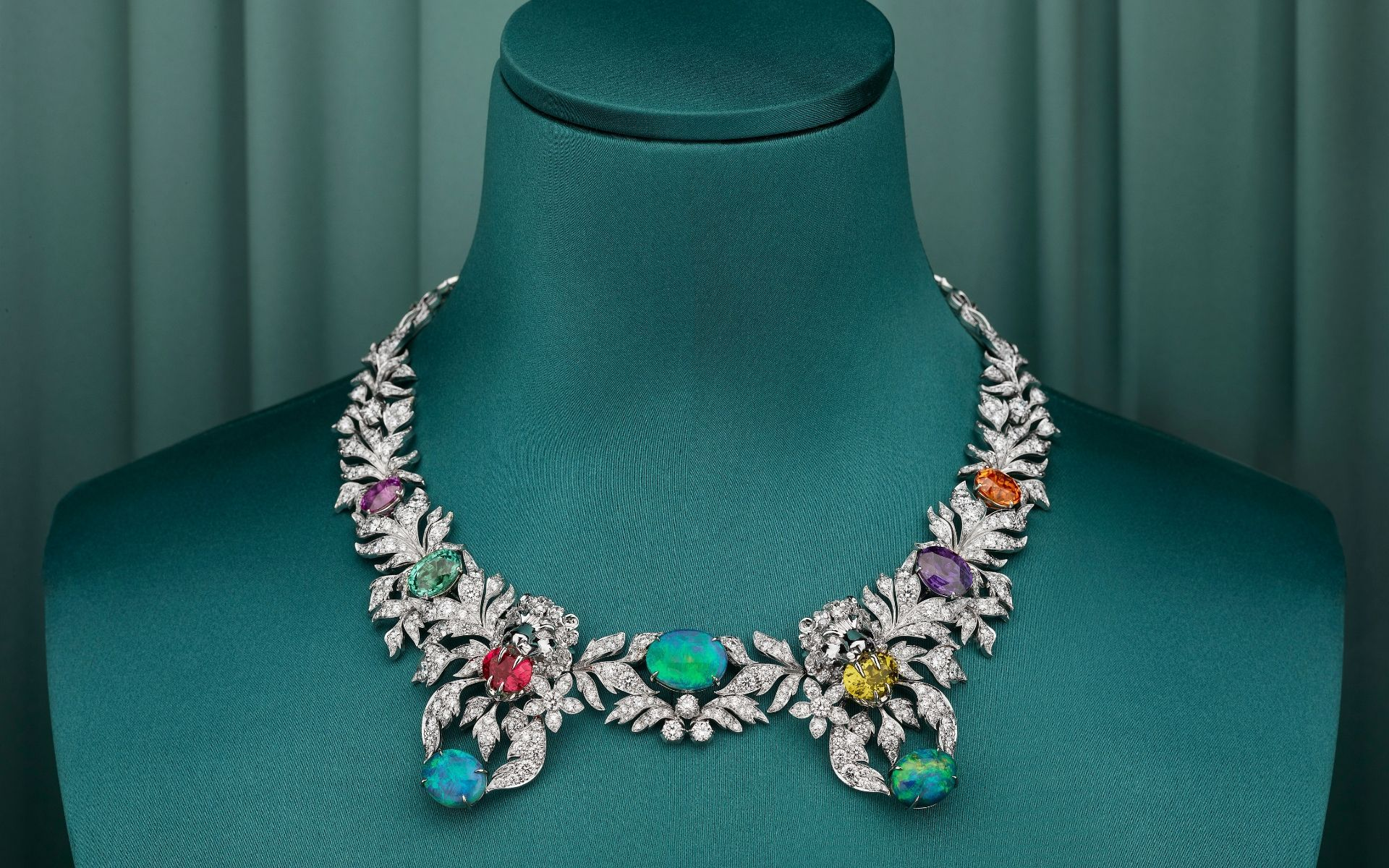 Gucci Debuts High Jewellery Collection, Hortus Deliciarum, At New Place Vendôme Boutique