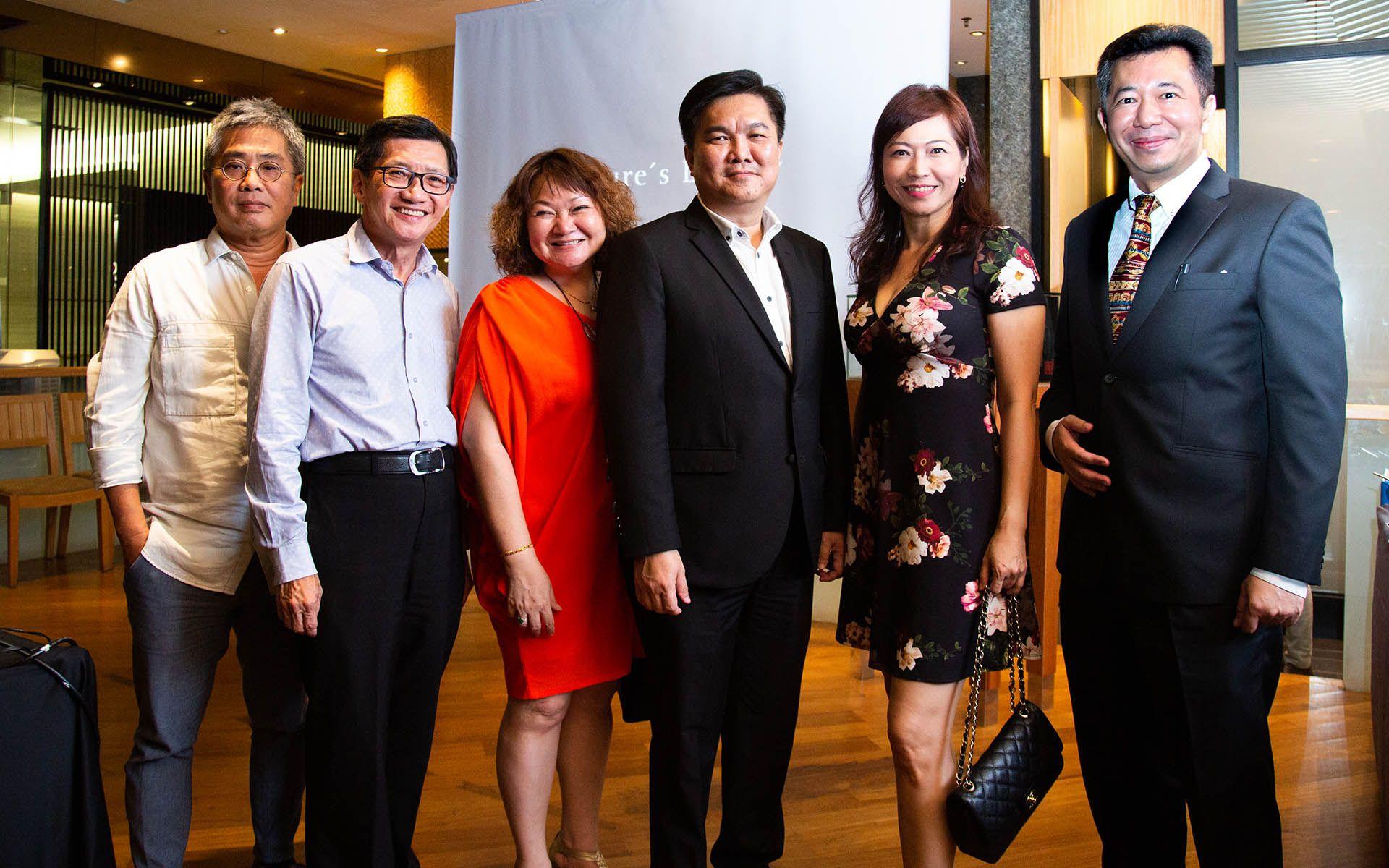 Lim Eng Keong, Wong Loo Min, Chia Hue Eng , Adam Chong Meow Hing, Kathy Khoi and Andrew Woon