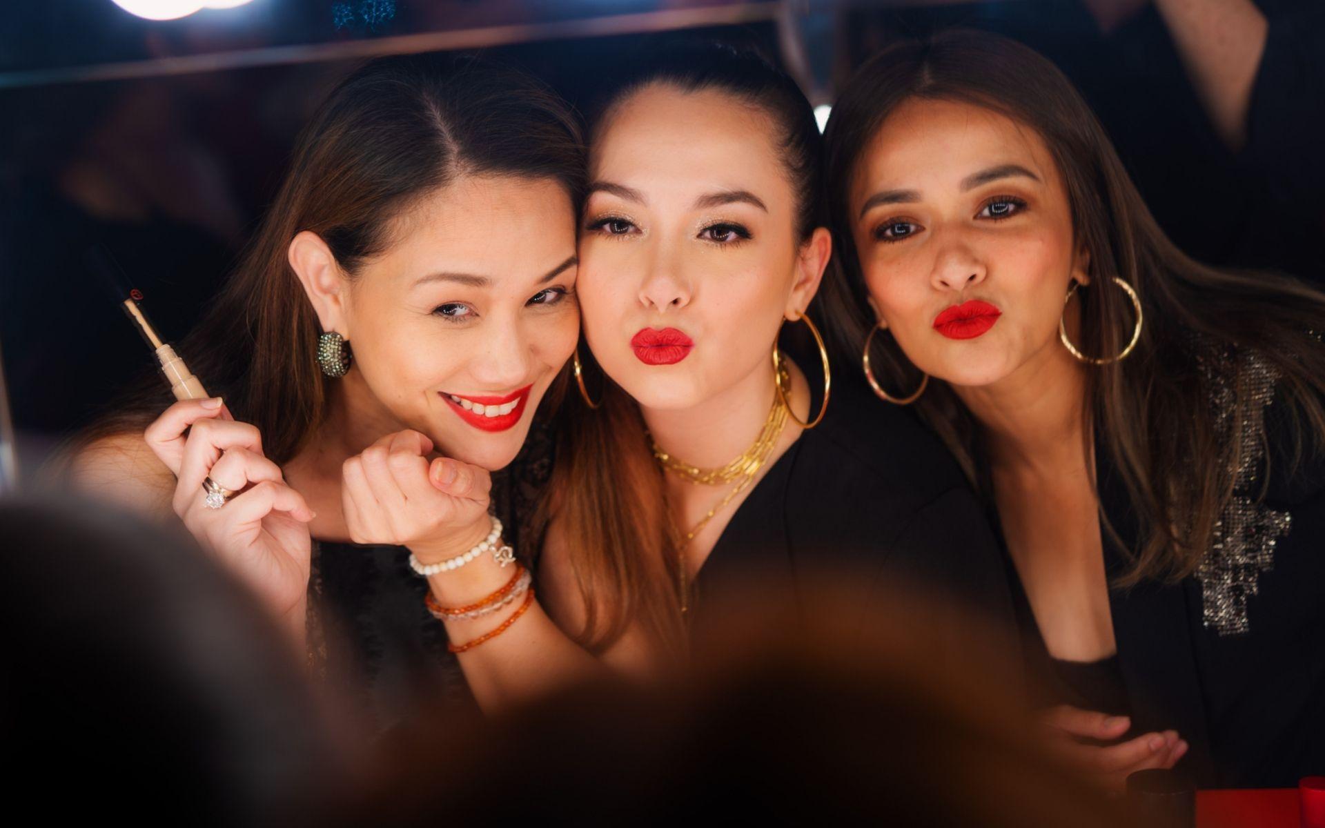 Elyna Effendi, Siti Saleha and Sazzy Falak