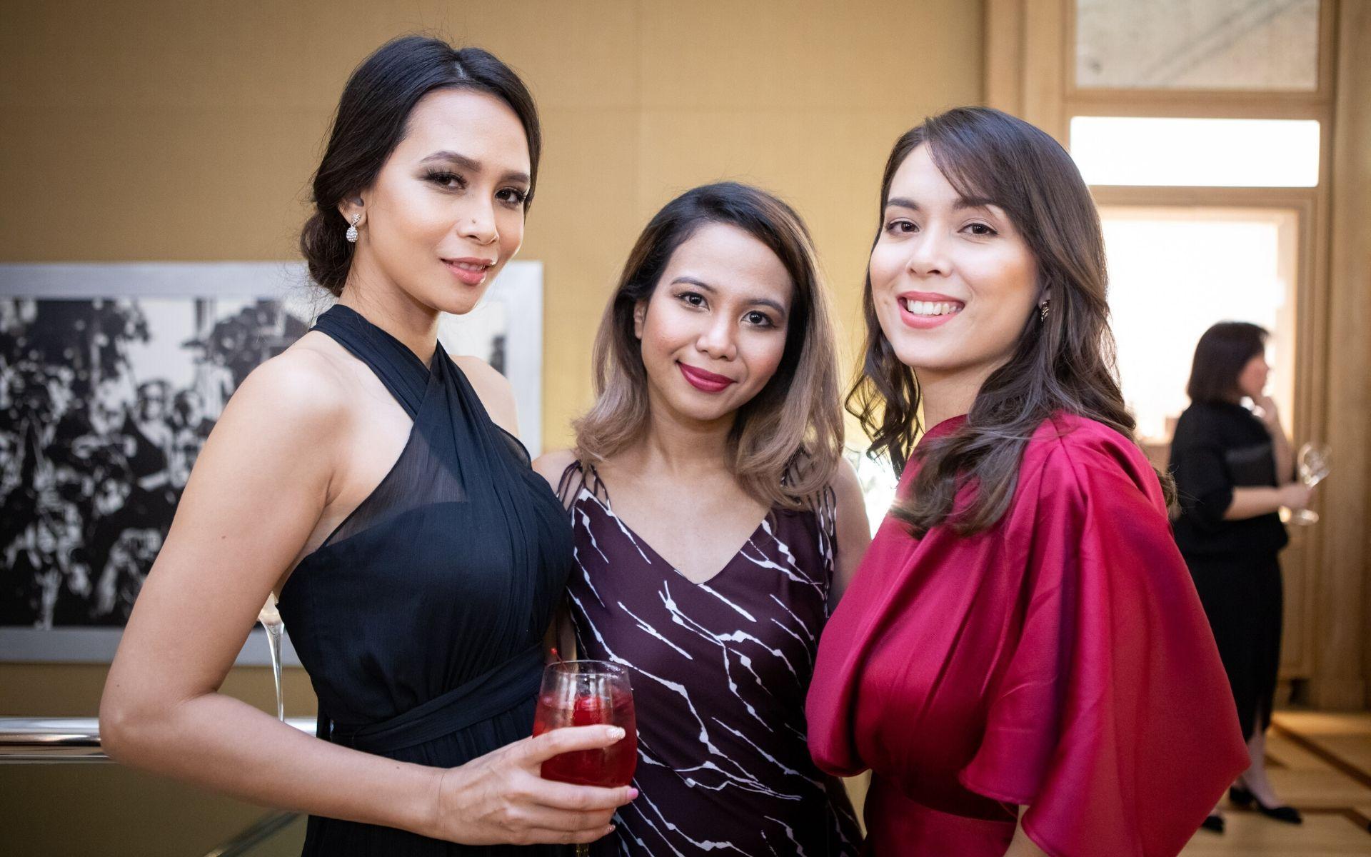 Luna Azlina, Kayda Aziz and Siti Saleha