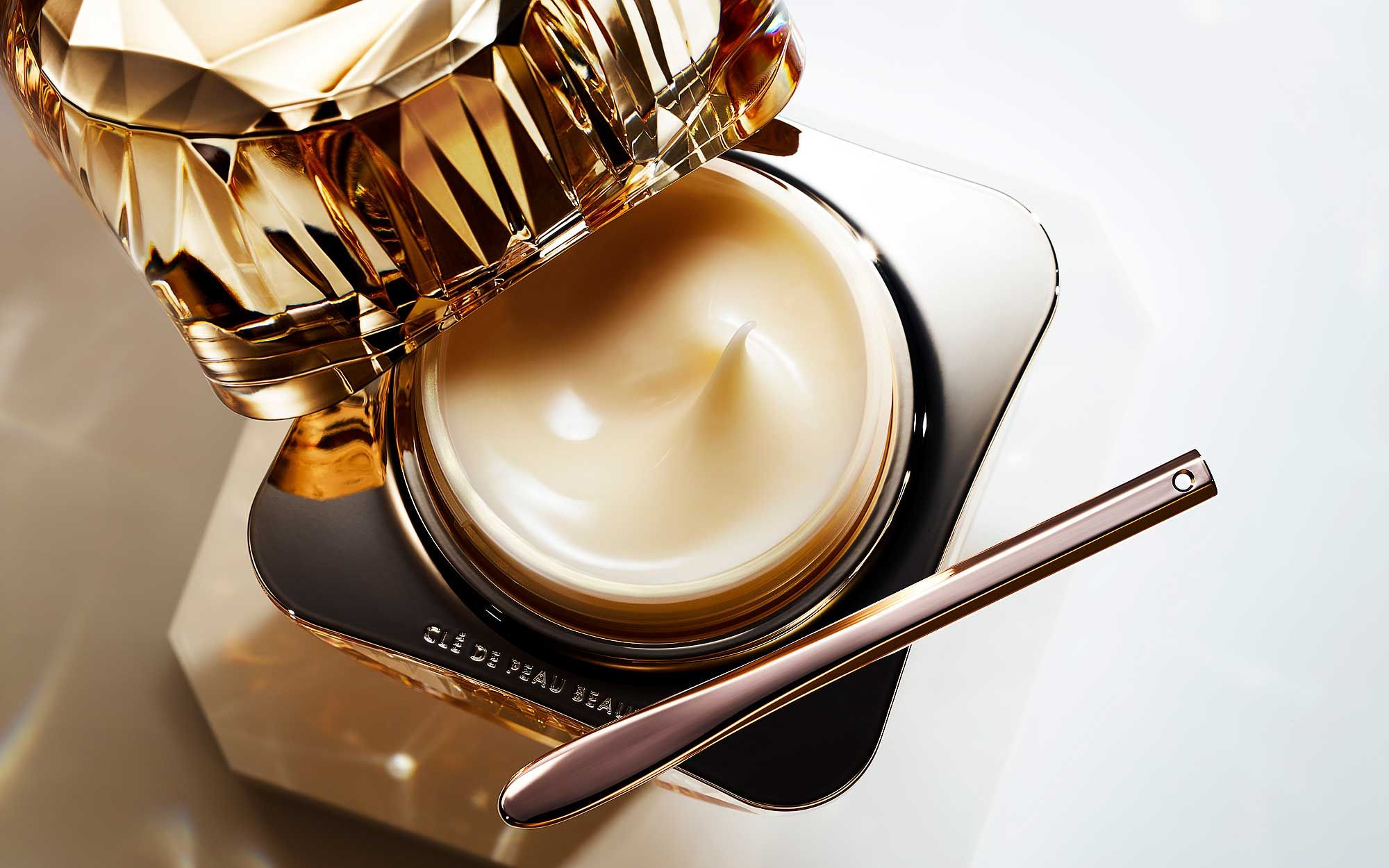 Amp Up Your Beauty Routine With Clé de Peau Beauté's Newest Luxury Night Cream, La Crème