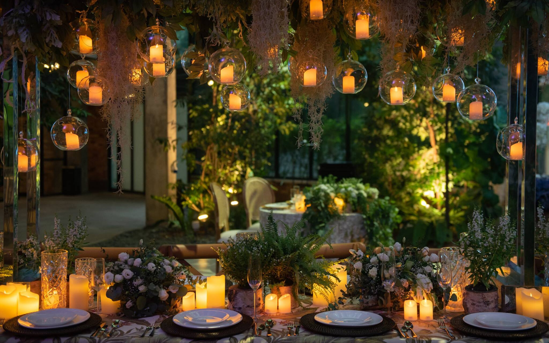 Plan Your Garden Wedding At One Of These Breathtaking Venues