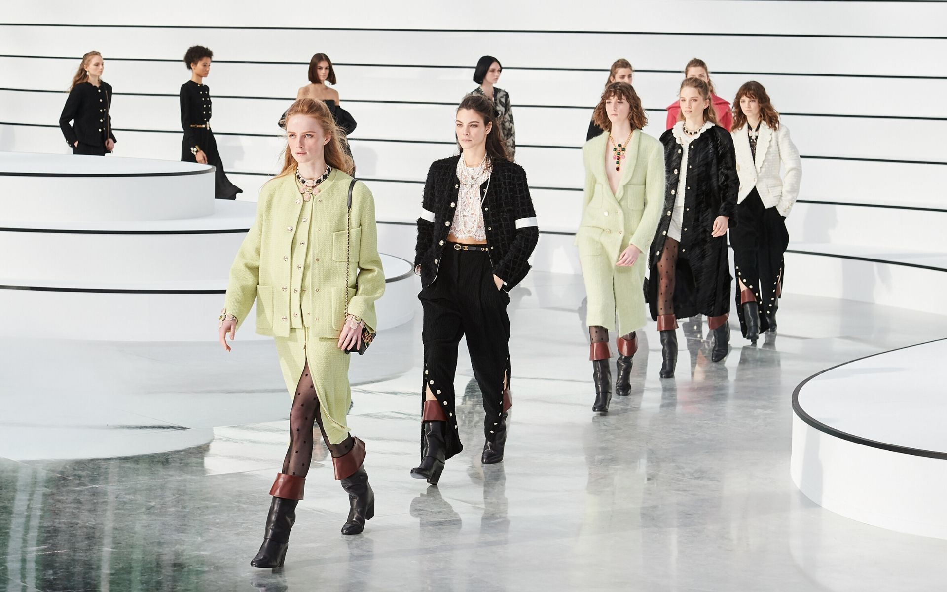 The Best Looks From Chanel Fall Winter 2020 Collection Tatler Malaysia