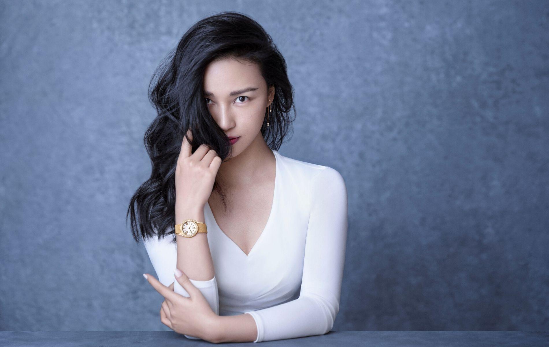 Fashion Photographer Extraordinaire: Chen Man