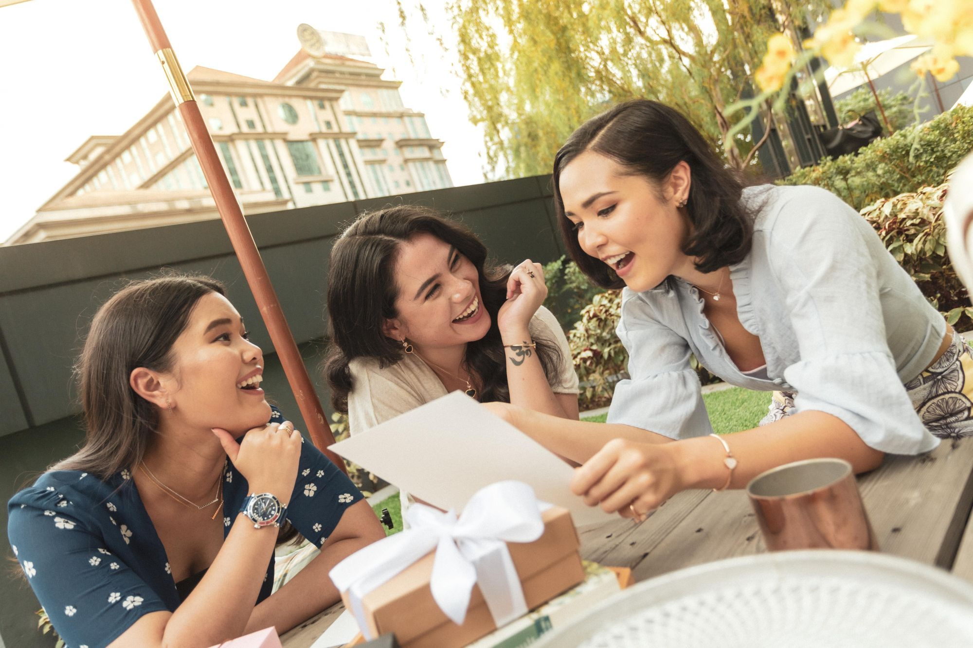 Happy Moments With Chopard: Three Women Celebrate Their Friendship