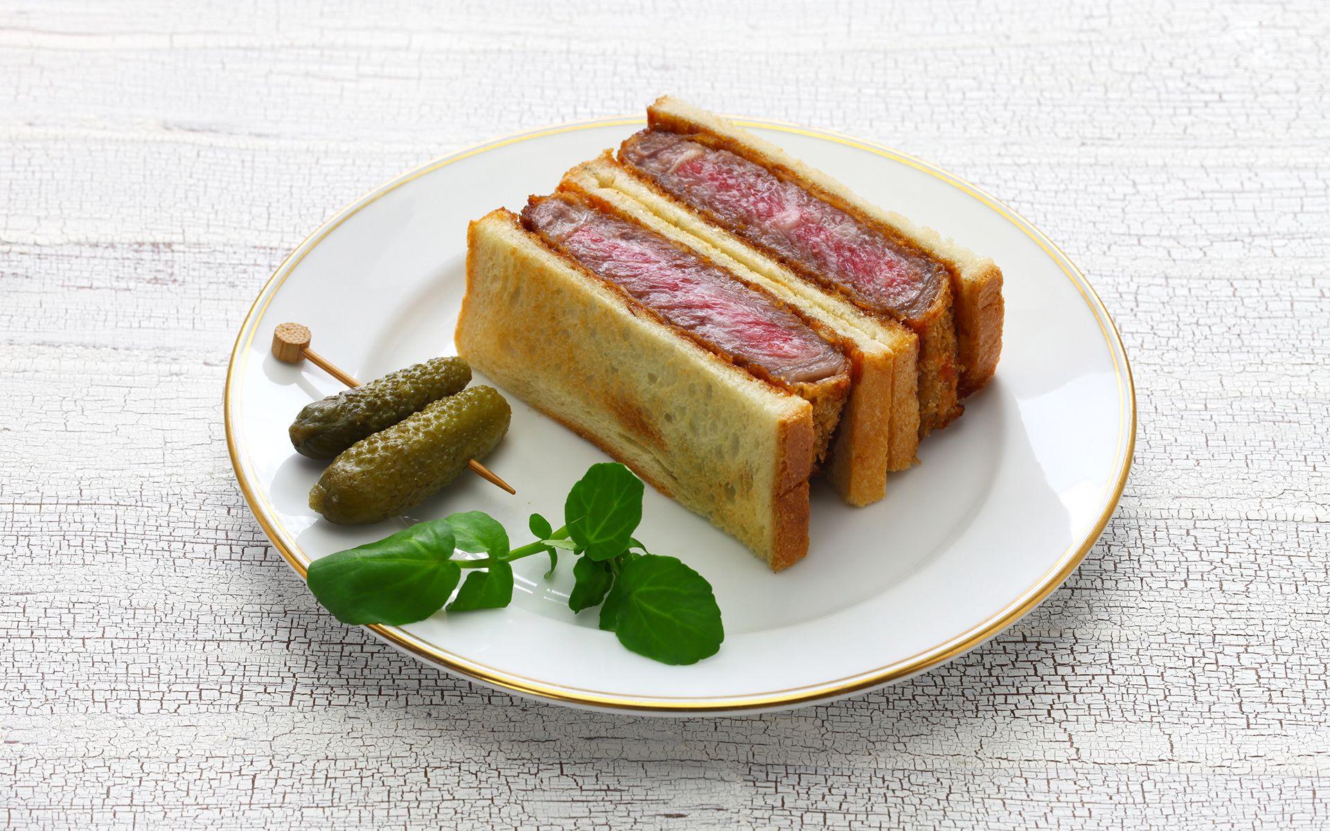 japanese beef cutlet sandwich