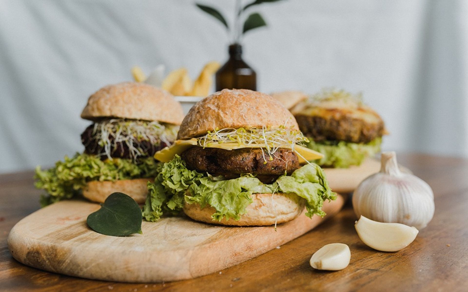 8 Plant-Based Burgers To Fulfil Your Fast Food Fantasies