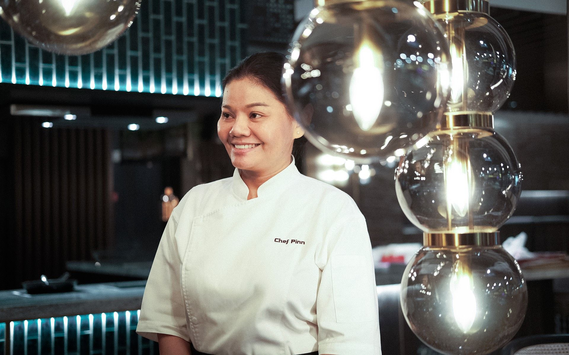 Watch: Chef Rasikan, The Thai Masterchef At Shook! The Starhill Dining