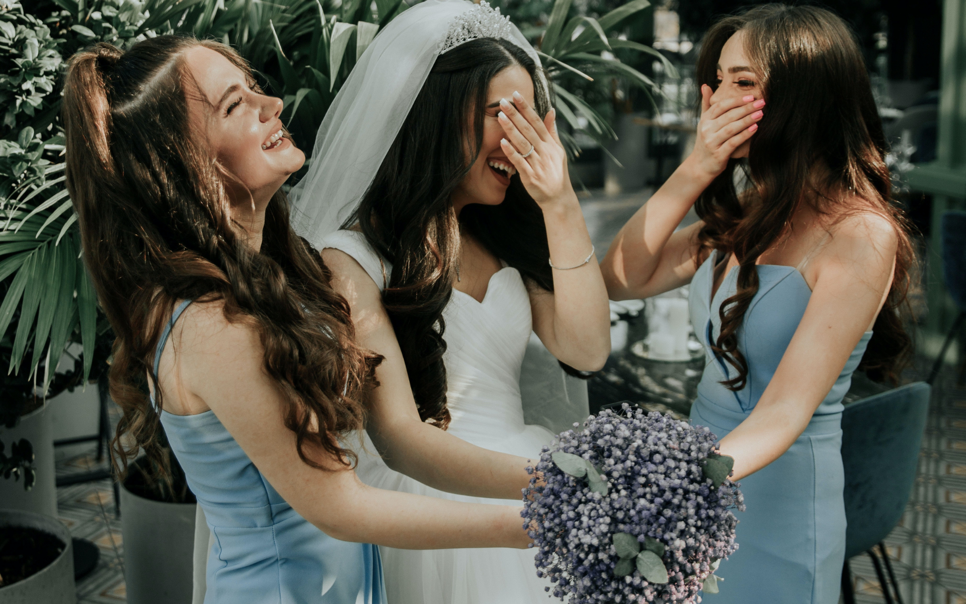 Will you be inviting a flower man to walk down the aisle? (Photo: Pexels)
