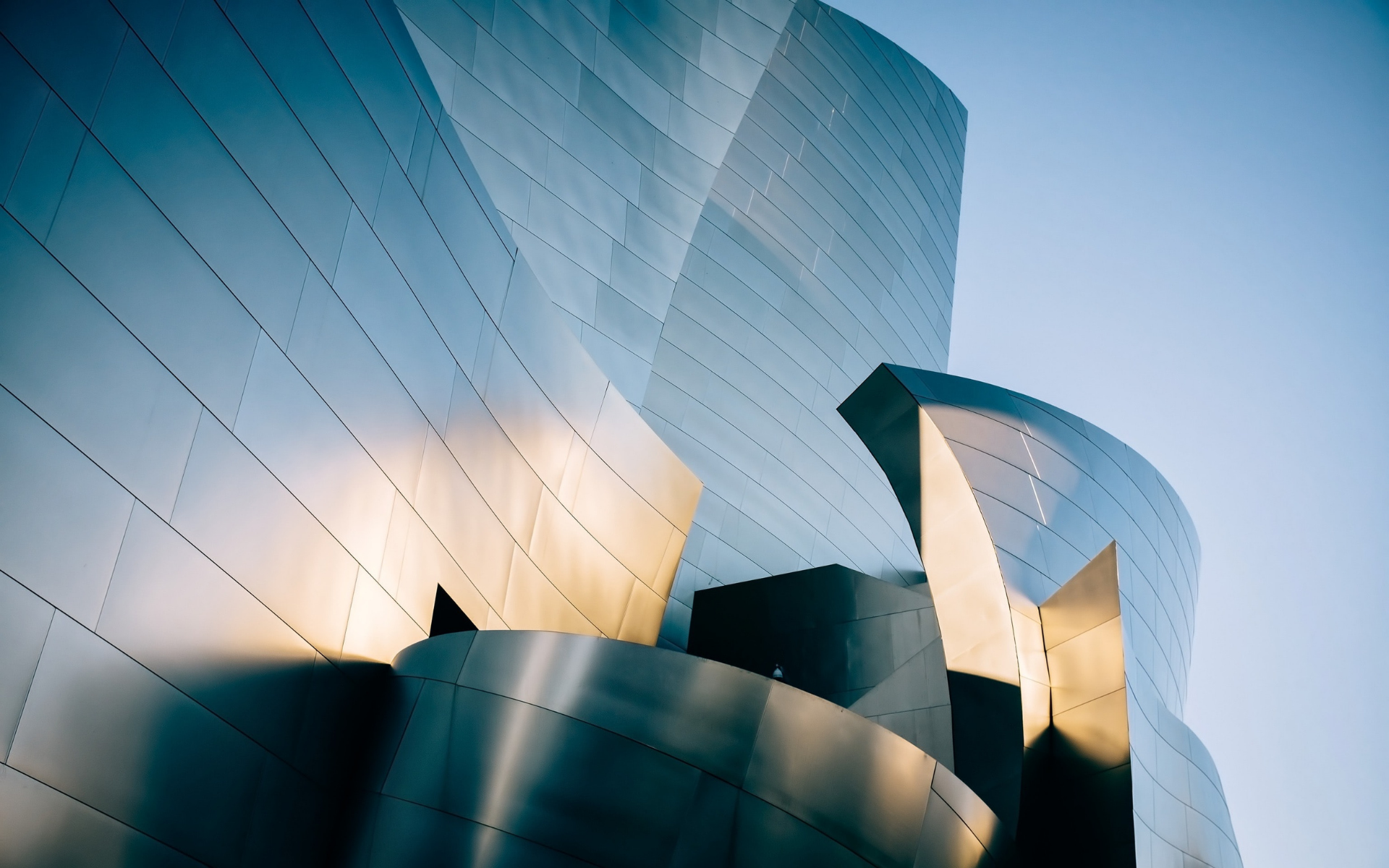 Find out about architect Frank Gehry's process and how he conceived buildings like the spectacular Walt Disney Concert Hall. Image by Unsplash