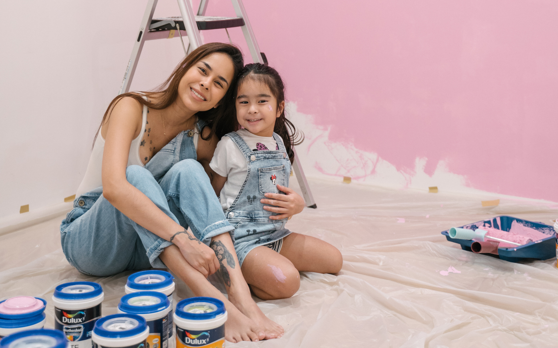 Dulux's New EasyClean™ Protects Against Common Household Stains And Bacteria