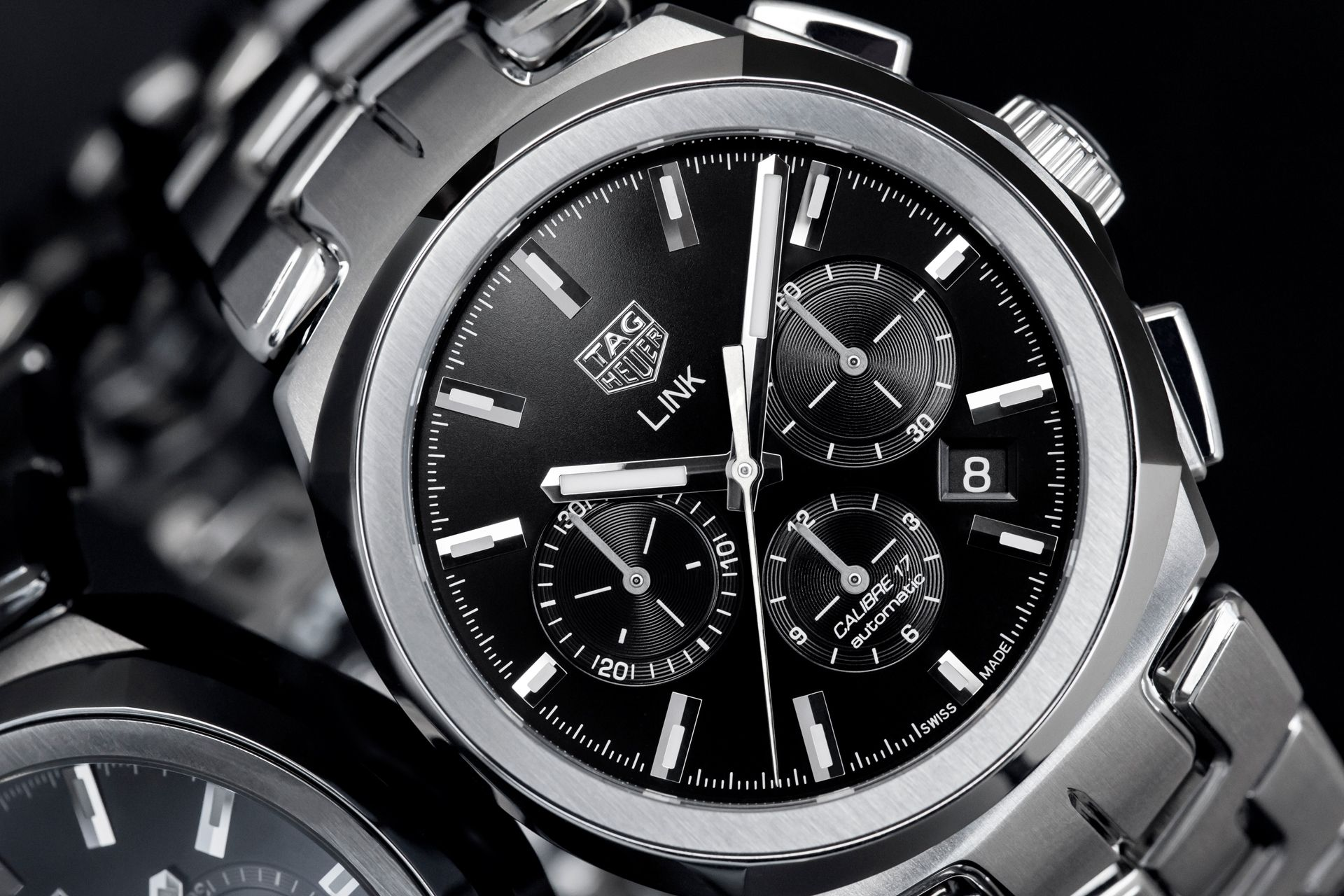 TAG Heuer Updates The Link Calibre 17