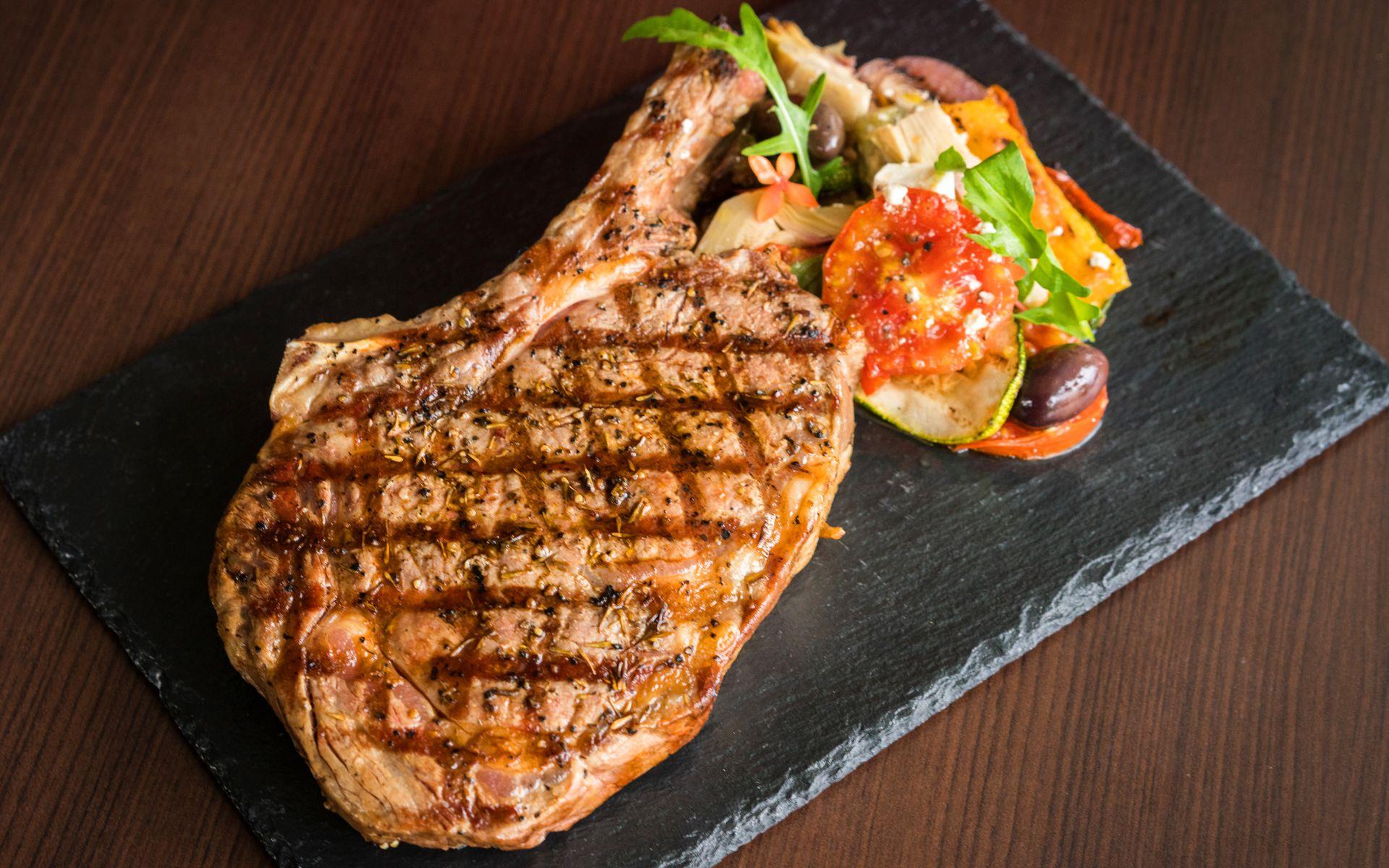 Steak Your Meals With Fiorentina At Acqua