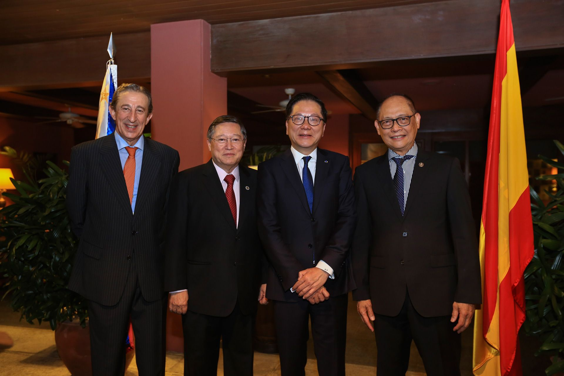 Andrew Tan Awarded with Civil Merit by Spanish Government