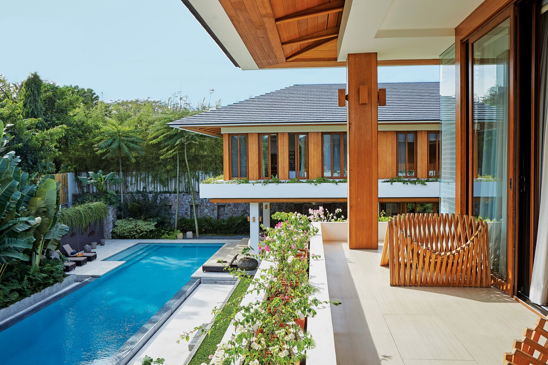 Home Tour: A Peaceful Refuge In The Suburbs