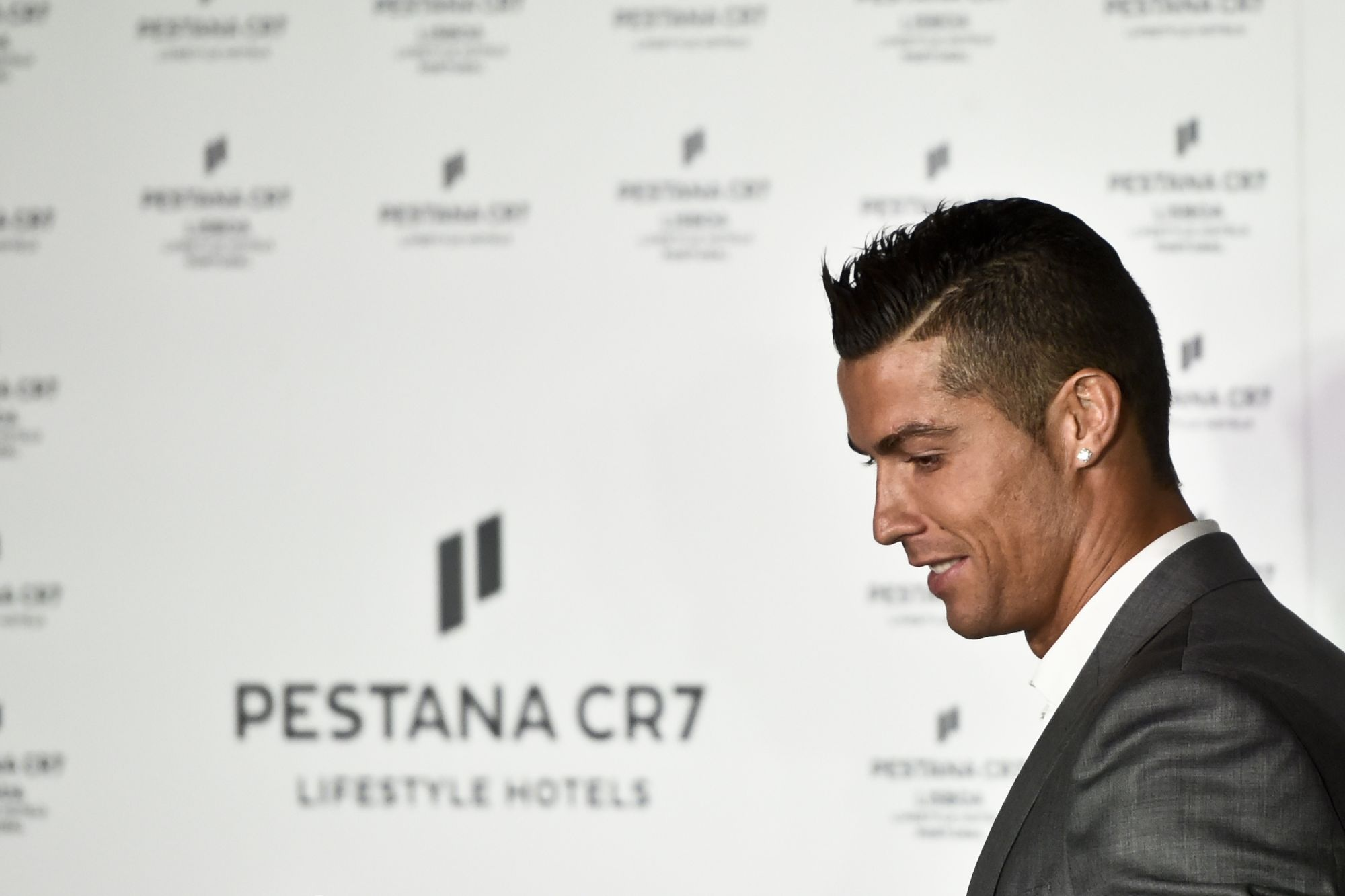 Ronaldo to open three new hotels